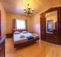 Отель Юрая