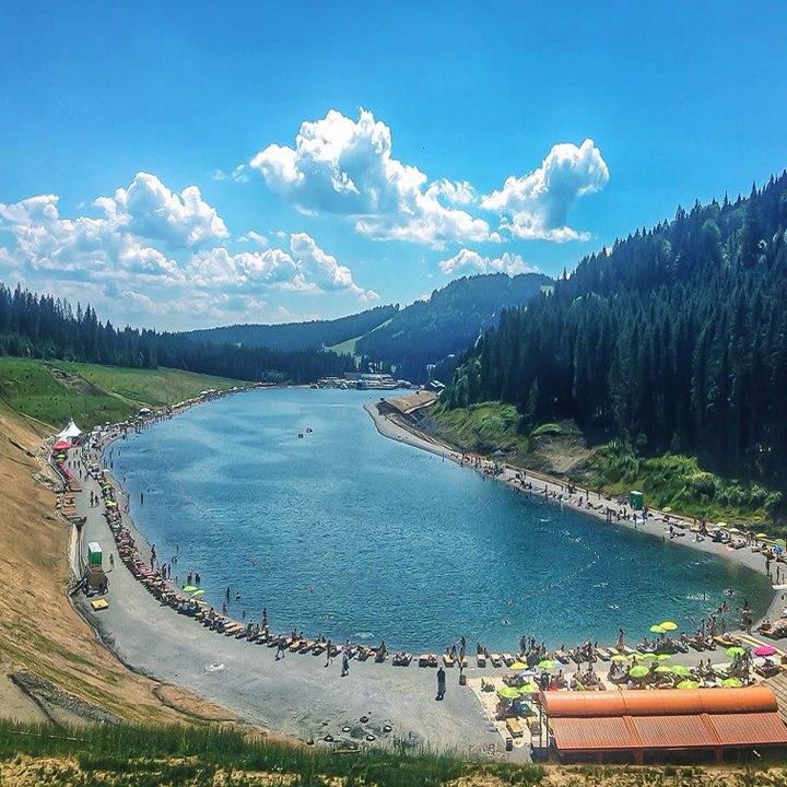 самое большое озеро буковель